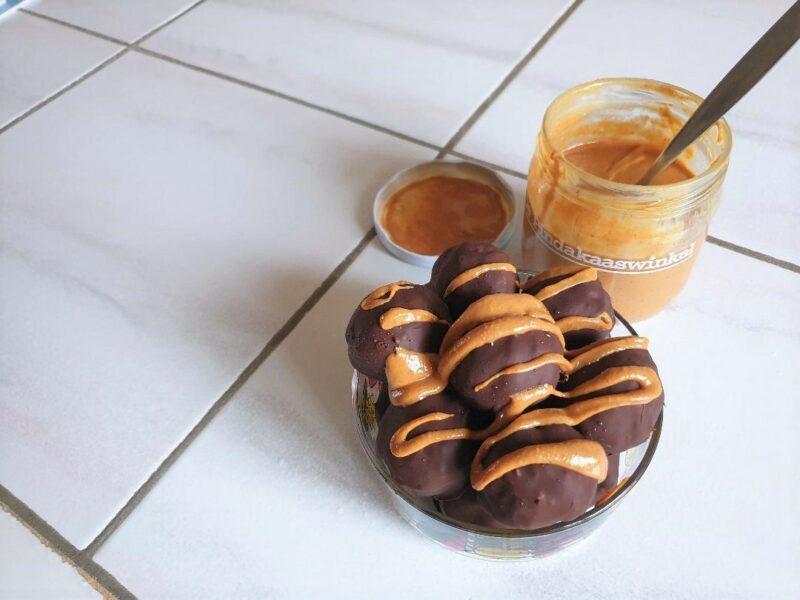 Energieballetjes peanut butter chocolate